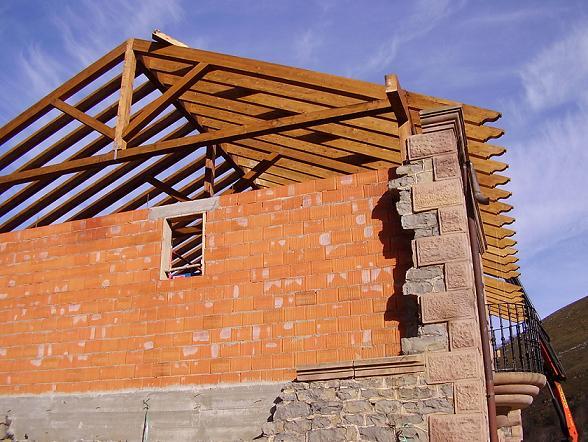 Cubierta madera laminada timbergal - Cubiertas de madera laminada ...